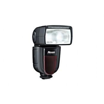 Nissin Di700 Digital Flash